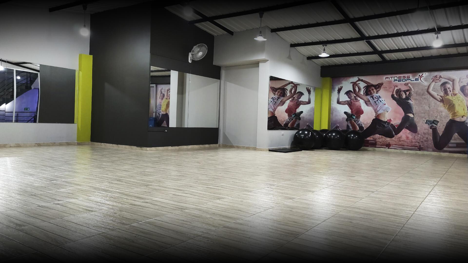 pied-parque-central-sede-fitness-people-par6